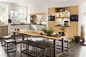 Küchen In Holzoptik : gem tliche k che in holzoptik ~ Markanthonyermac.com Haus und Dekorationen