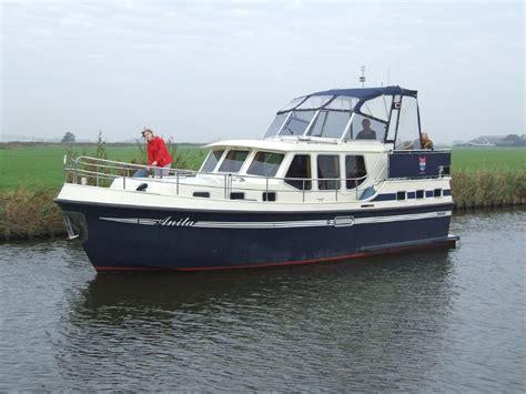 Klein Motorbootje Kopen by Motorjachten In Friesland