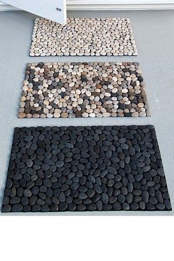 Pebble Doormat by How To Make A Diy Pebble Bath Mat Creative Rivers And