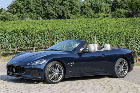 maserati granturismo 2018 maserati granturismo coupe convertible first drive