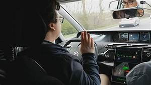 Peugeot Voiture Autonome : conduire sans les mains dans une voiture autonome de psa ~ Voncanada.com Idées de Décoration