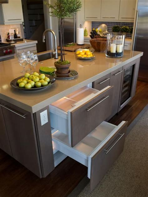 kitchen island outlets 41 best images about kitchen outlet placement on 1968