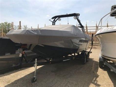 Moomba Boats 2018 by 2018 Moomba Max Elkhorn Wisconsin Boats