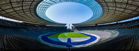 V., commonly known as rb leipzig or informally as red bull leipzig, is a german professional football club based in leipzig, saxony. Hertha Berlin SC vs RB Leipzig at Olympiastadion on 21/02 ...