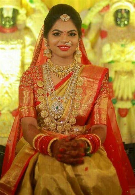 Bride in Heavy Bottu Mala - Jewellery Designs