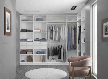 dressing dans chambre dressing en l dans une grande chambre adulte moderne