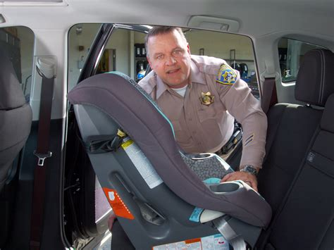 siege auto rear facing how to install a convertible car seat rear facing