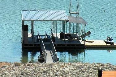 Medina Lake Boat Rentals by Lakehills Hill Country