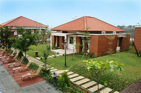 Hotel Di Puncak Villa Bukit Pinus