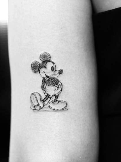 die besten  micky maus tattoos ideen auf pinterest