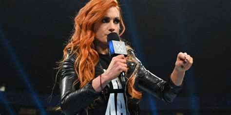 becky lynch offered  contract  wwe wrestling edge