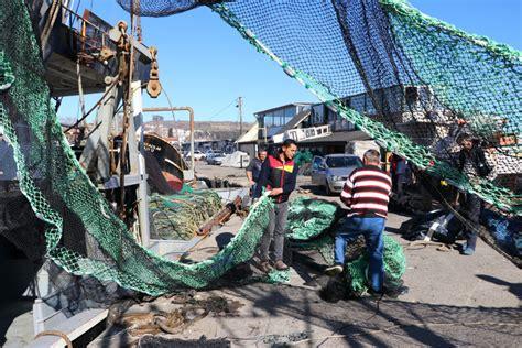 Son günlerin gündeminde deniz salyası var. Marmara'da deniz salyası Müsilaj arttı! Balıkçılar paydos etti Müsilaj nedir?