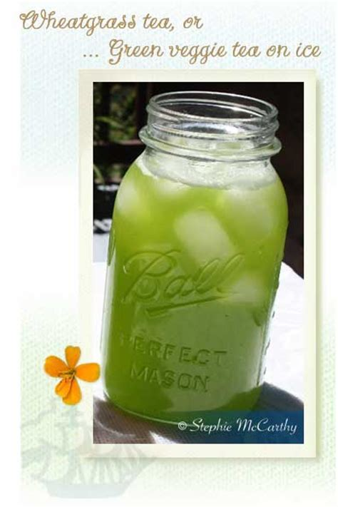 Easy blended wheatgrass drink sweetened with fresh zucchini