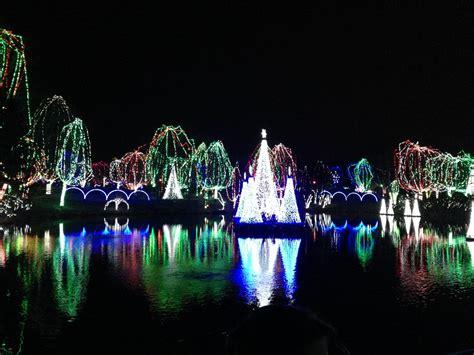 columbus zoo wildlights holiday christmas events season magic night cms columbusonthecheap