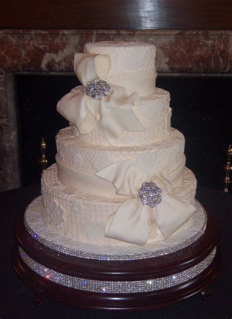 artistic cakes  linda wedding cake south carolina