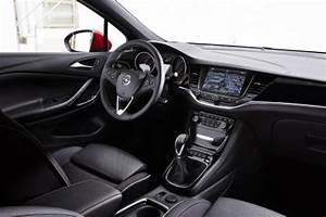Opel Ampera Commercialisation : prix opel astra 2015 tarifs et quipements de la nouvelle astra l 39 argus ~ Medecine-chirurgie-esthetiques.com Avis de Voitures