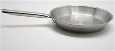 poele de cuisine professionnel poele professionnel cuisine table de cuisine