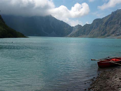 Crater Lake Boat Rental by Trek To Mt Pinatubo Crater Lake