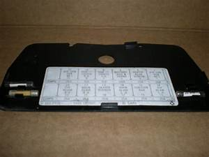 Fuse Box Cover Late And Tr8 S  H