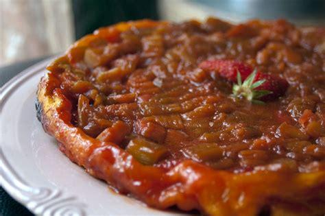 cuisine rhubarbe tarte tatin rhubarbe fraises recette de cuisine