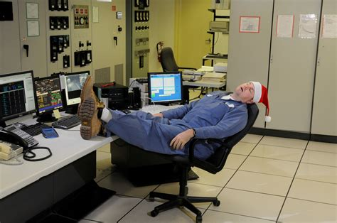 5 specialist tips on avoiding christmas unproductivity