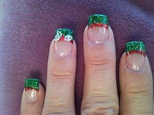 Green and red christmas acrylic nail designs images