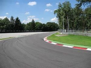 Circuit De Monza : circuito de monza ~ Maxctalentgroup.com Avis de Voitures