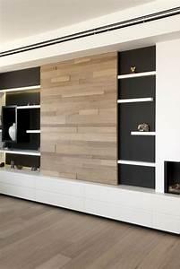Wohnwand Weiß Holz : moderne inneneinrichtung in wei und holz in einem penthouse ~ Pilothousefishingboats.com Haus und Dekorationen