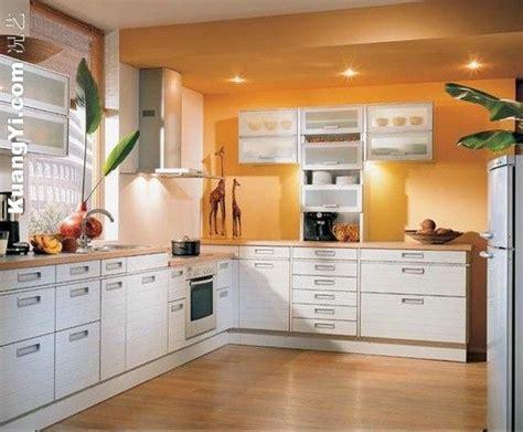 Orange And White Kitchen Cabinets Decoration_orange Wall