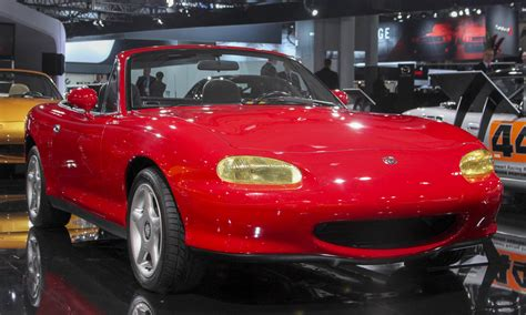 Happy 30th, Mazda MX-5 Miata! - » AutoNXT