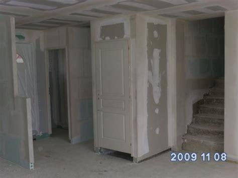 cuisine en sous sol entrée muret cuisine wc placard porte sous sol et