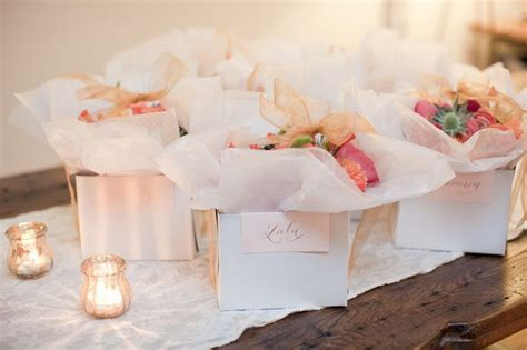diy flower arranging bridal shower it weddings