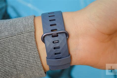 fitbit charge 3 review digital trends
