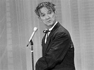 Comedian Irwin Corey, 'The World's Foremost Authority ...