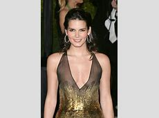 Angie Harmon Hot Nude Braless Without No Bra Hollywood