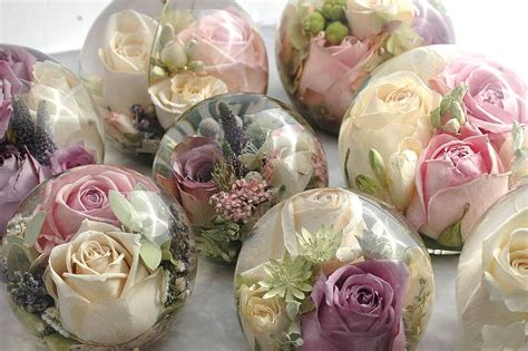flowers  resin  party favours