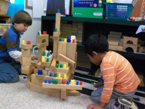 38 best images about preschool hibernation on 321 | 1846d674b87261a0957a4be7c898e598 reggio emilia preschool preschool classroom