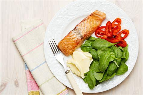 keto salmon  spinach plate recipe diet doctor