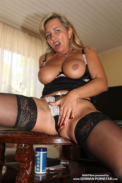 Hot German Busty Sexy Mature Bijenny Nude Big Tits