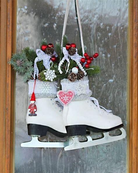 Weihnachtsdeko Fenster Landhaus by Schlittschuhe Weihnachtsdeko Landhaus Shabby