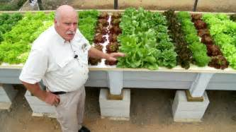 Garden Growers Supply by Floating Raft Aquaponics What Is Aquaponics