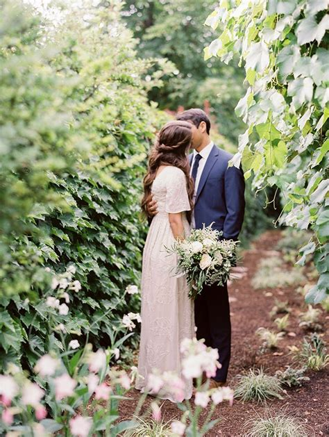 Simple and Elegant Outdoor Wedding Reception Once Wed
