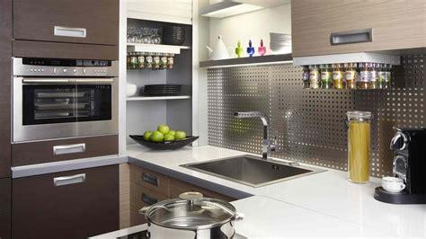 etagere pour placard cuisine etagere pour placard cuisine 6 astuce n1767 opter pour