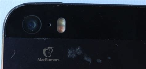iphone flash photo depicting iphone 5s module hints at separate