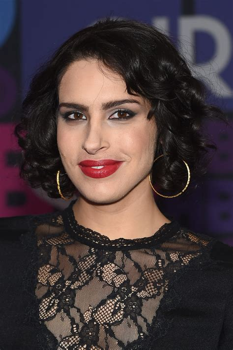 desiree akhavan short curls short hairstyles lookbook