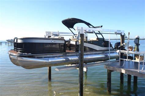 concept crs boat lift     standard  lift