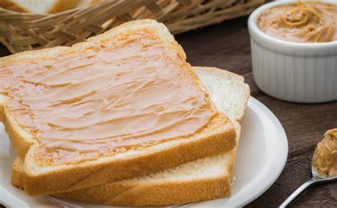 Zemesriekstu sviests: kāpēc tas ir tik ļoti veselīgs ...