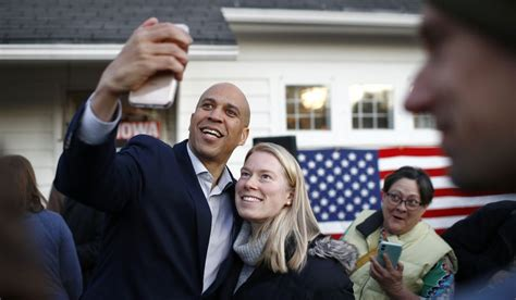 Democratic Presidential Candidate Sen Cory Booker D Nj