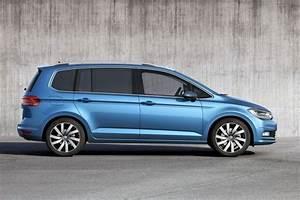 Volkswagen Touran Confortline : vw touran 5p confortline 7 places maxi car ~ Dallasstarsshop.com Idées de Décoration