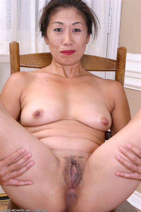 Exotic Ladies Exotic 47 Year Old Nina